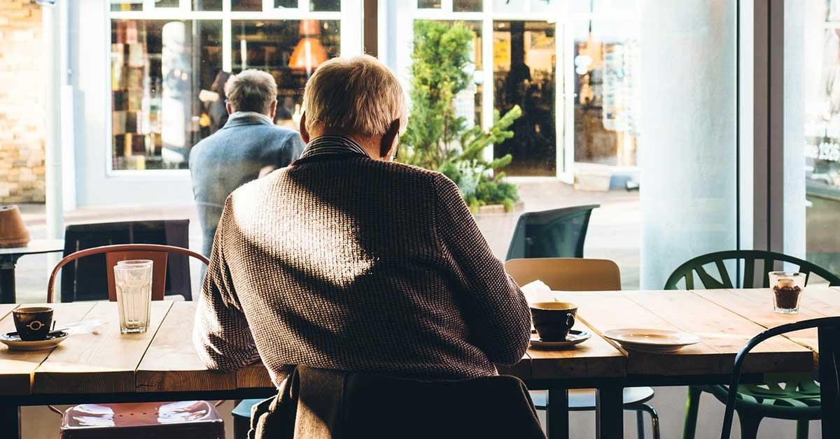 Nên mở quán cafe vào thời điểm nào