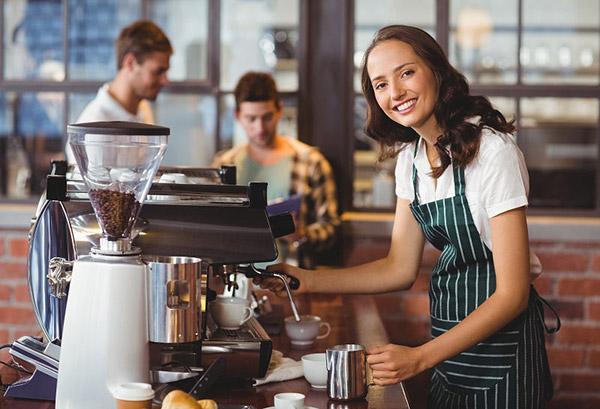 Thái độ phục vụ nhân viên quán cafe