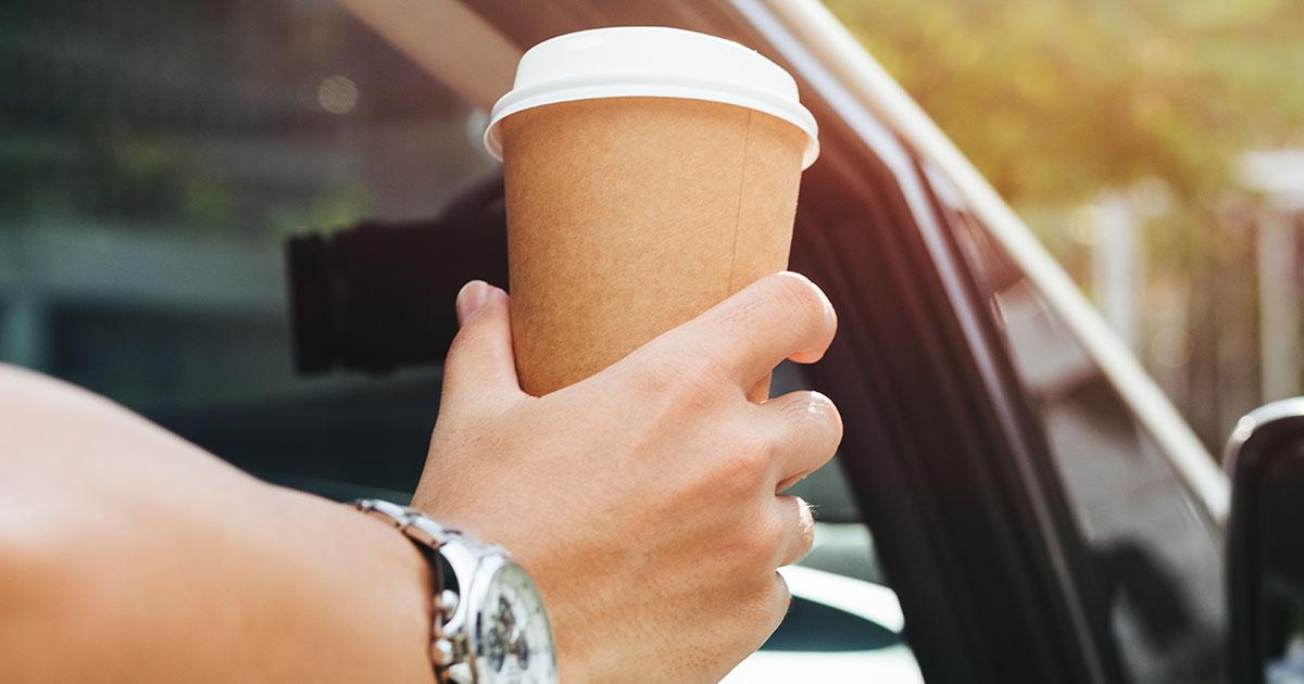 Nên Nhượng Quyền Cafe Hay Trà Sữa?
