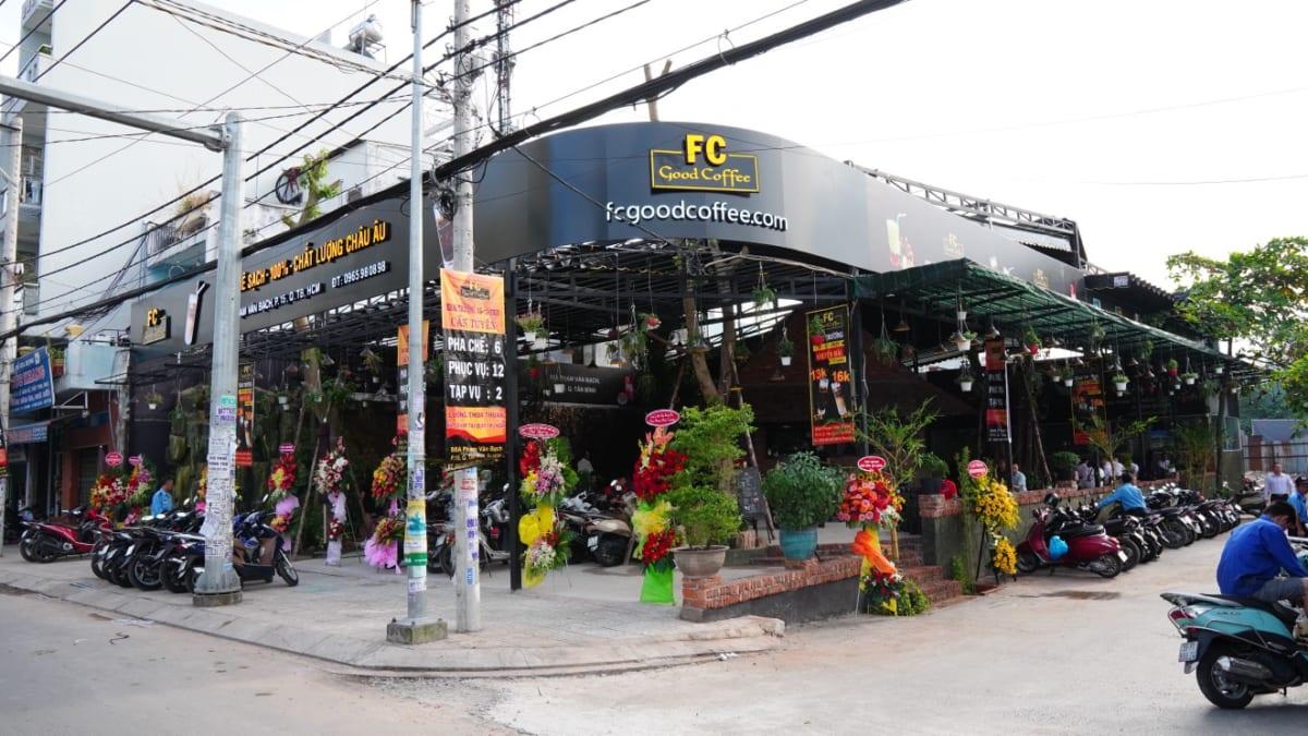 nen-lua-chon-dia-diem-kinh-doanh-quan-ca-phe-nhu-the-nao-fcgoodcoffee3